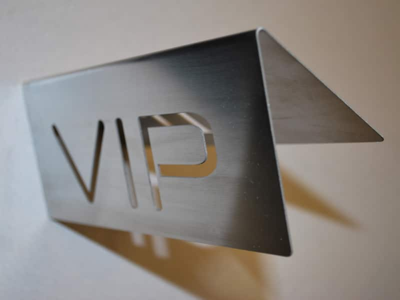 VIP table tent