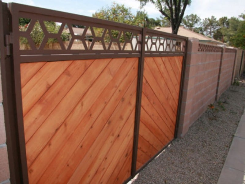Yard Gates Custom Detail